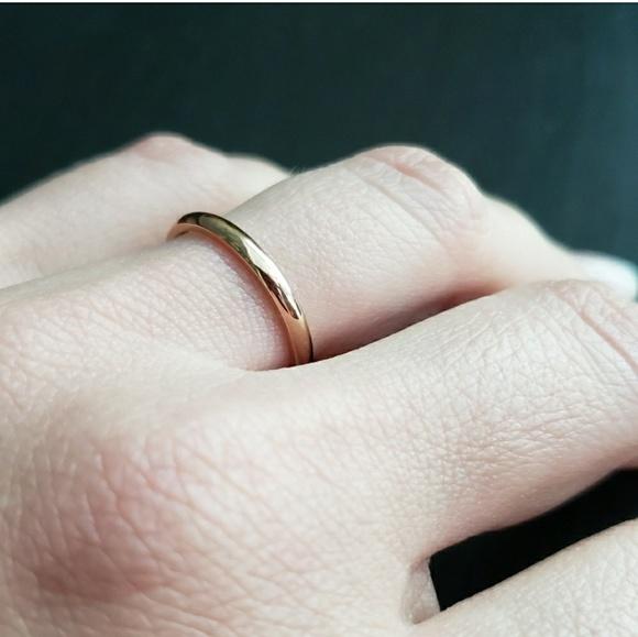 2MM Thin Titanium  Hipoallergenic Ring